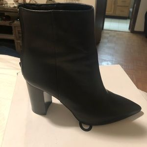 Alexandria boots from Aldo, only one use